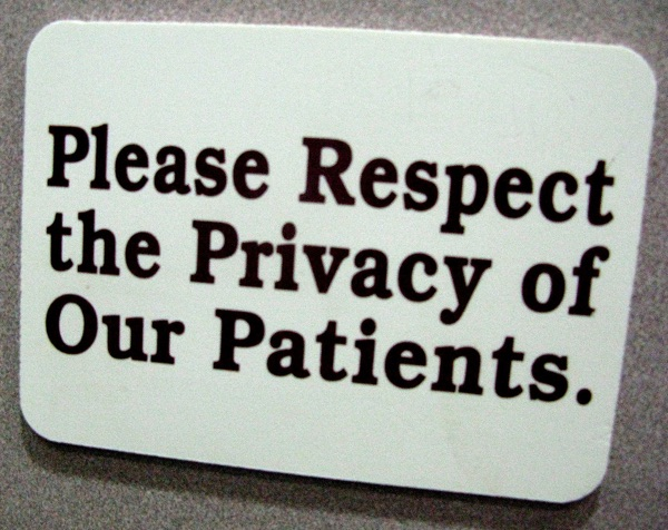 When does a web site need HIPAA compliance